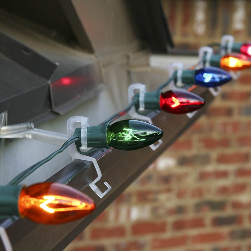 Christmas Lights Wall Clips : How to Hang Christmas Lights on Gutters