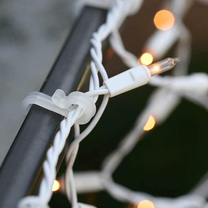 gutter clips hang christmas lights in any direction