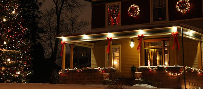Christmas porch decorating ideas.