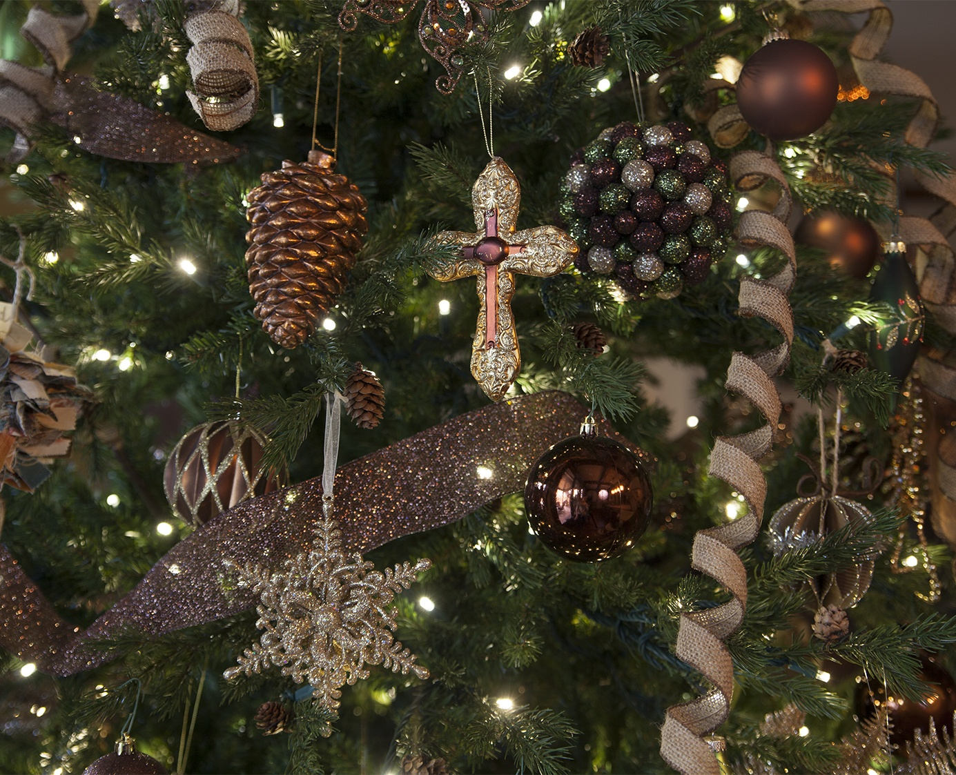 brown, bronze and gold tree ornaments