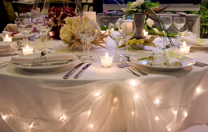 Wedding Table Lighting Idea