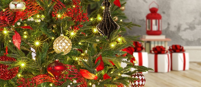 Artificial Decorated Christmas Wreaths