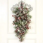 "28"" Snowy Berry Wall Hanging"