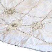 "56"" Beaded Velvet Snowflakes in White Tree Skirt"