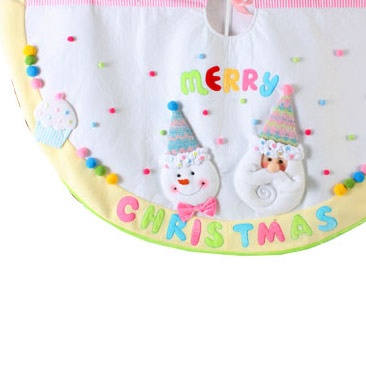 "48"" Candy Snowman White Christmas Tree Skirt"