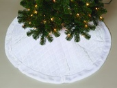 """48"""" 48"""" White Quilted Tree Skirt"""