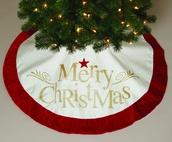 "48"" 48"" Ivory ""Merry Christmas"" Tree Skirt"