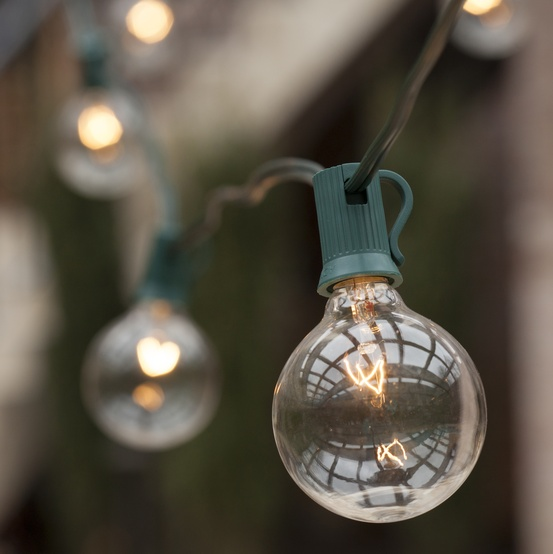 50' Patio String with 50 G50 Clear Globe Lights