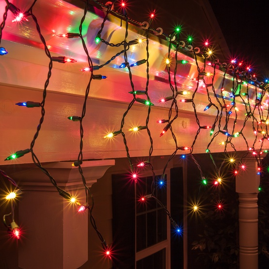 100 Multi (Red, Green, Pink, Blue, Yellow) Icicle Lights, Green Wire, Short Drops