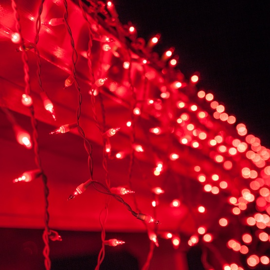 150 Red Icicle Lights - White Wire