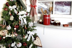Kitchen Christmas Tree Ideas