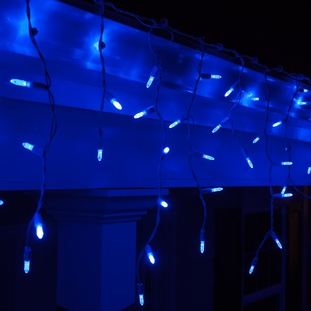 Blue or cool white colors in your outdoor icicle lights creates a colder, snowy icicle effect, which is very popular.