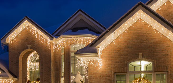 classic and beautiful icicle lights are a popular choice for christmas and holiday lighting