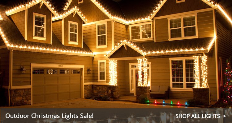 Outdoor christmas decorations for Exterior xmas lighting ideas