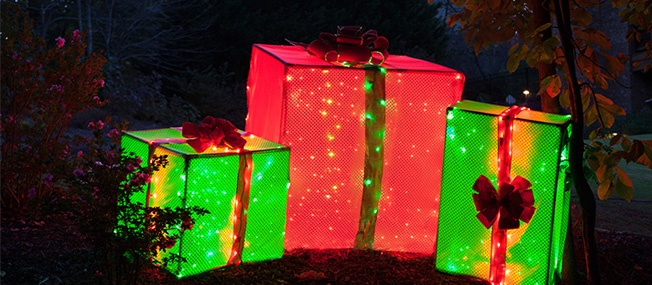 DIY Lighted Christmas Presents Created With A PVC Frame
