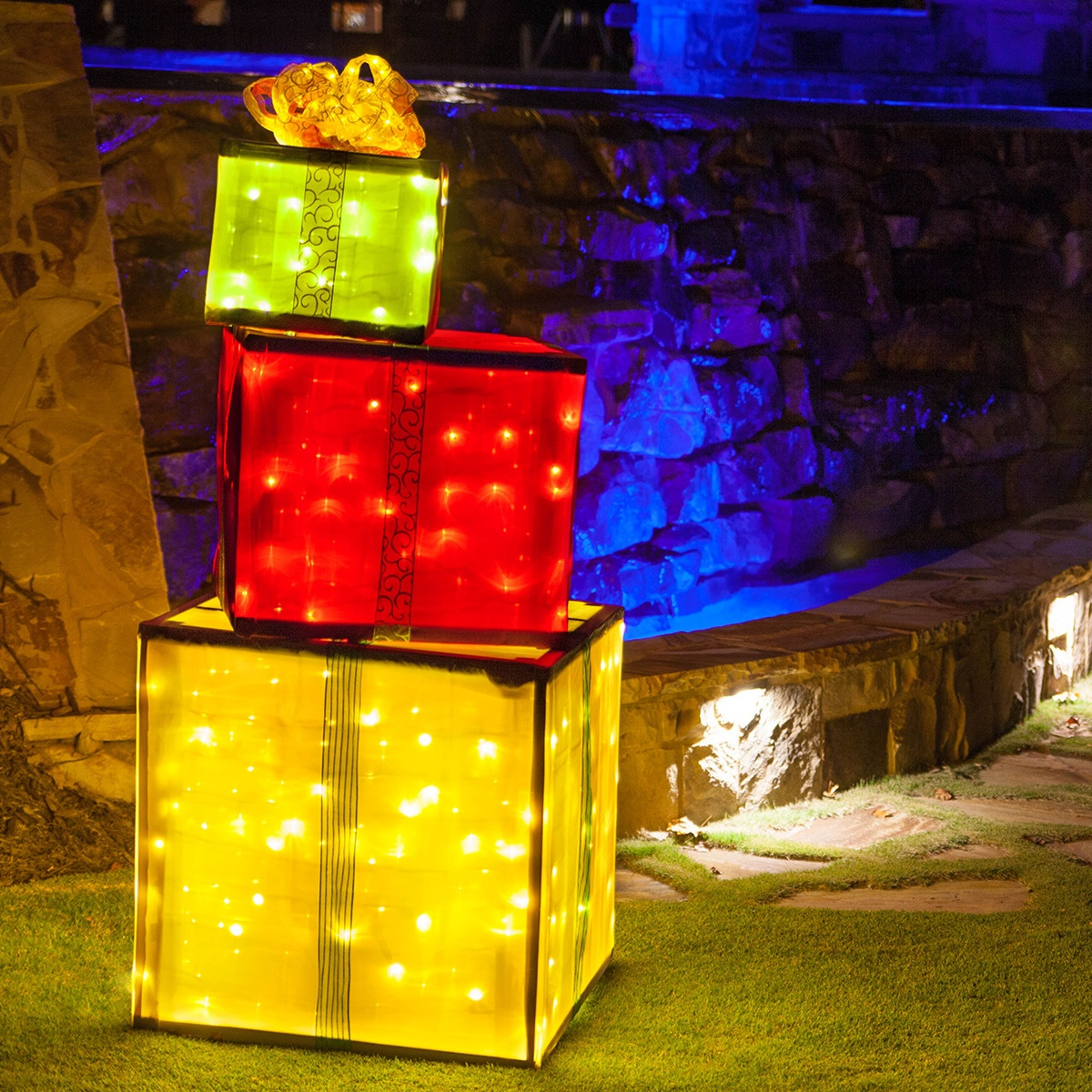 DIY Lighted Gift Boxes Made With A Wooden Frame