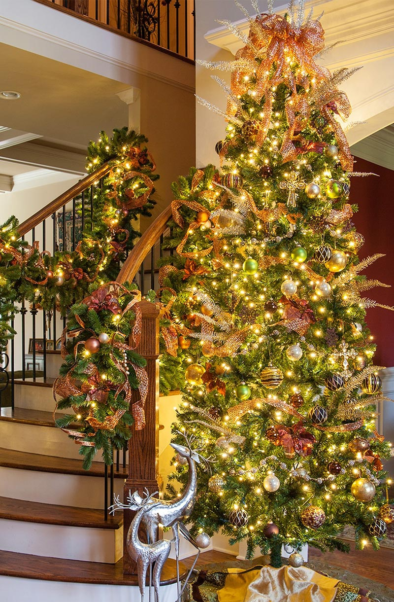 decorating the foyer - Christmas Decorating Ideas For Foyer