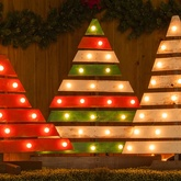 DIY Pallet Christmas Trees