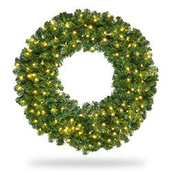 Christmas Lighted Garlands.Christmas Wreaths And Garland