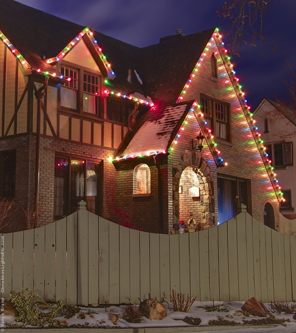 Multicolor Christmas Lights Roofline