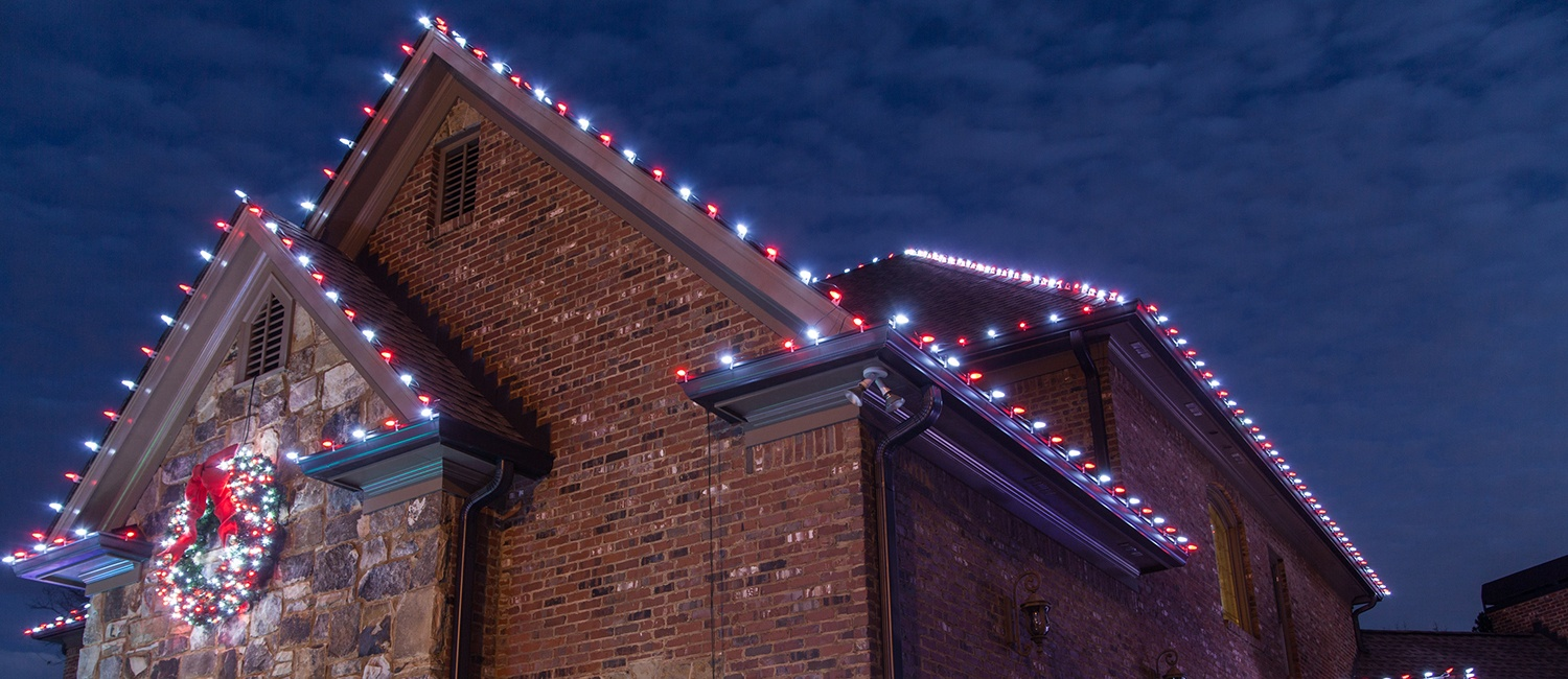 How to Hang Christmas Lights