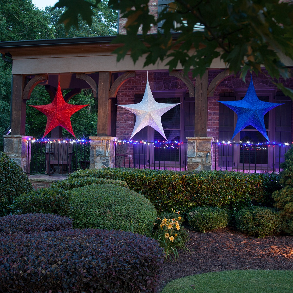 Fold-Flat Christmas Star Lights