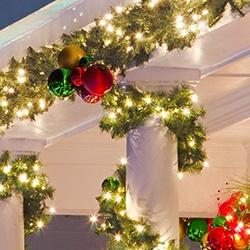 Christmas Wreaths & Garland