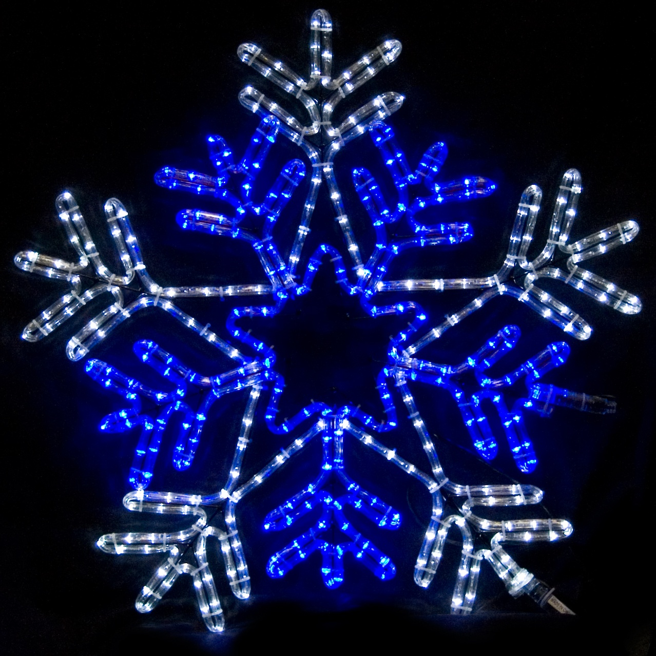 snowflakes stars 26 snowflake with blue center - Snowflake Christmas Decorations
