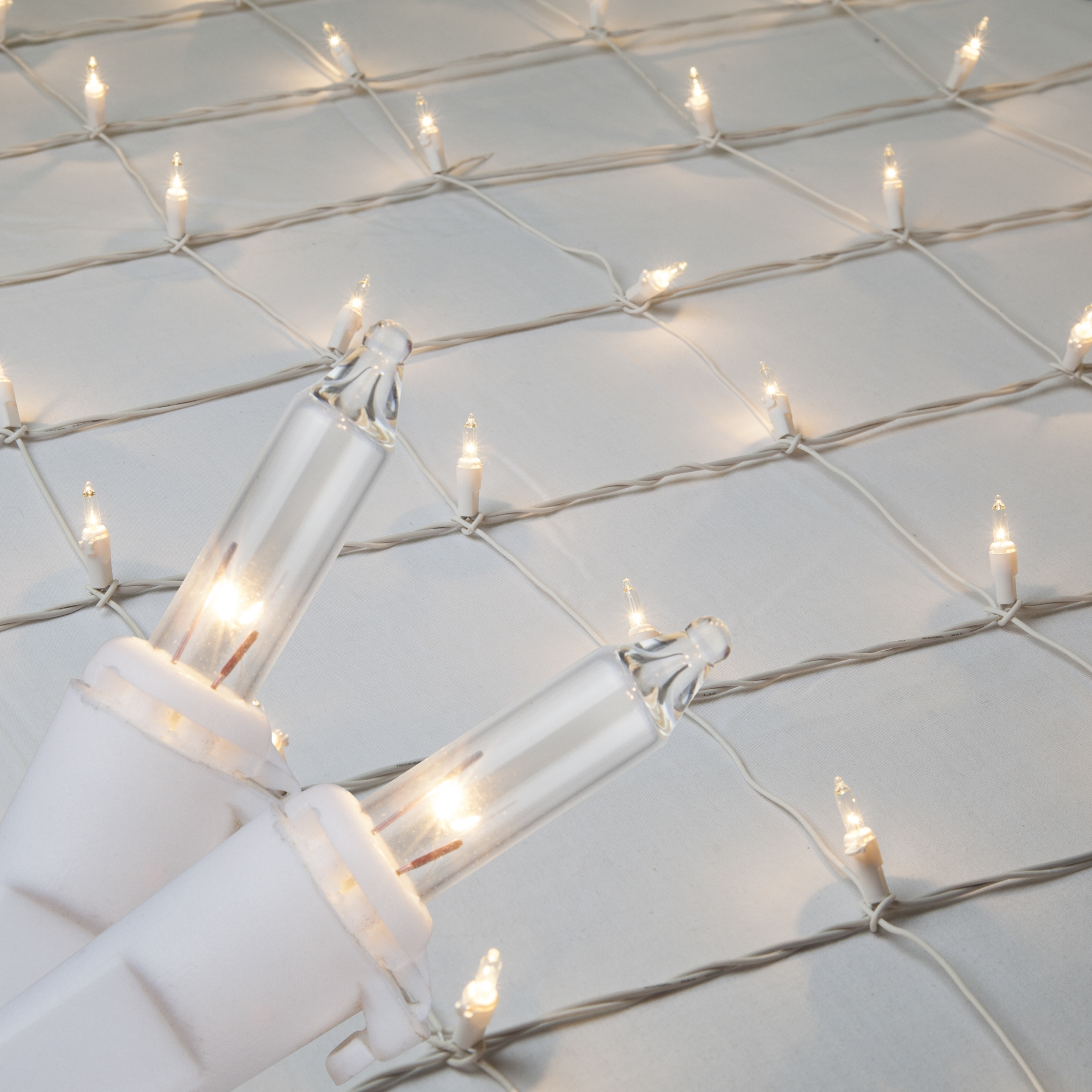Christmas Net Lights - 4\' x 6\' Net Lights - 150 Clear Lamps ...