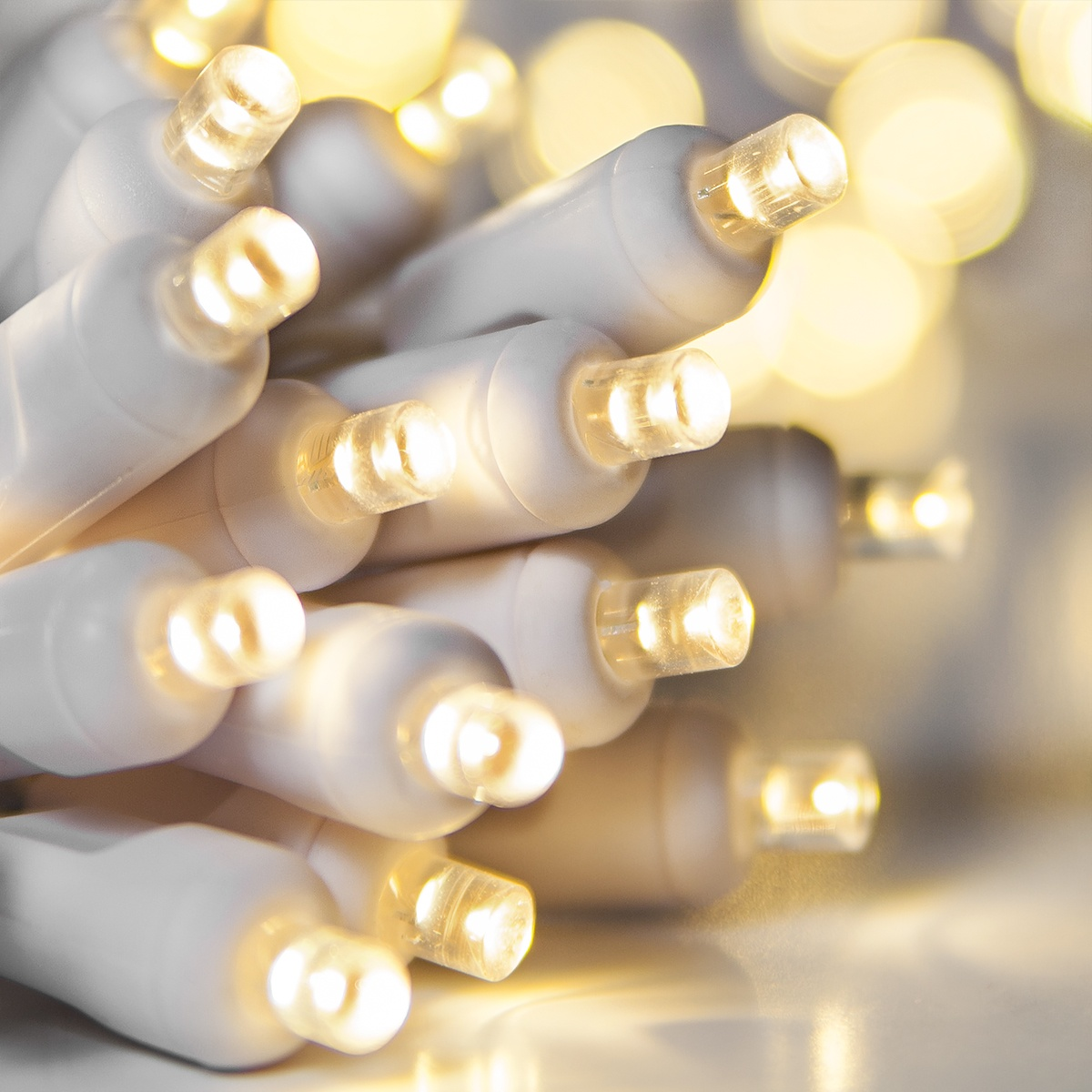 battery operated lights 20 warm white battery operated 5mm led christmas lights white wire