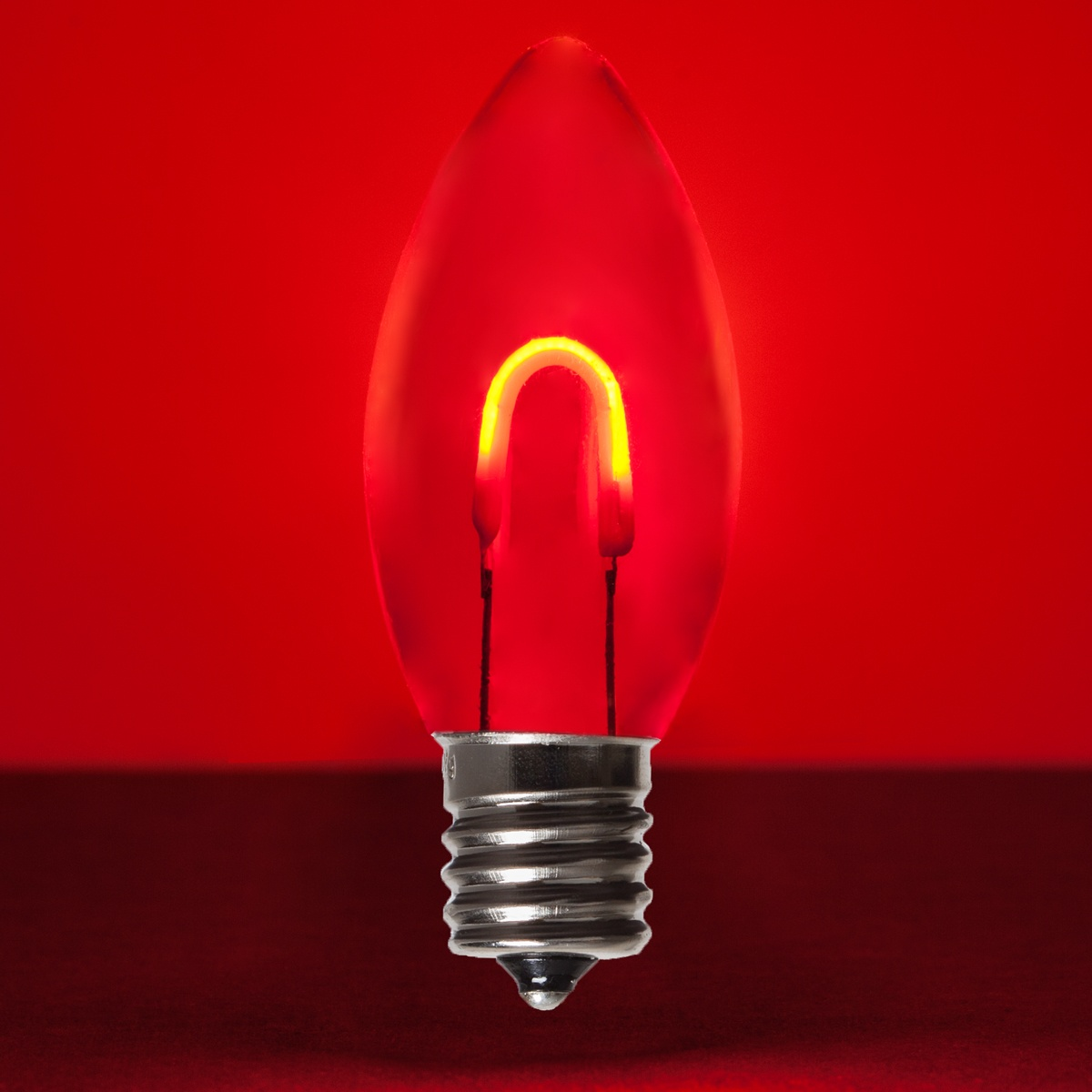 c9 red acrylic flexfilament tm led vintage christmas light bulb transparent. Black Bedroom Furniture Sets. Home Design Ideas