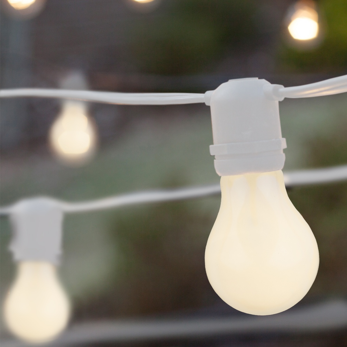 54u0027 Commercial Patio String With 24 A19 White Outdoor Patio Lights