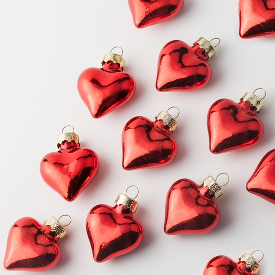 red glass heart christmas ornament