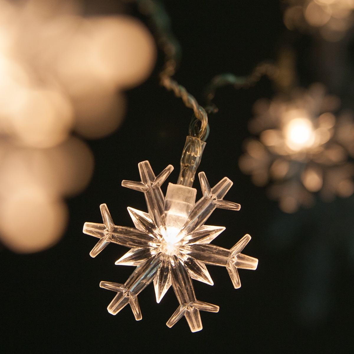 Battery Operated Snowflake String Lights, 10 Warm White LED Lights -